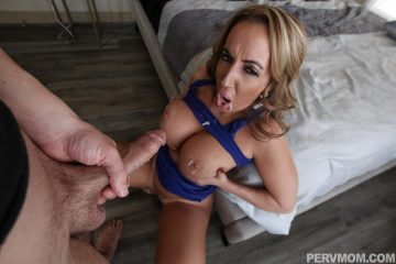 Richelle Ryan gets some skeet on her big tits