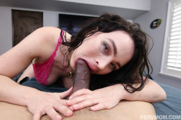 Krissy Lynn gags on fat cock and loves it